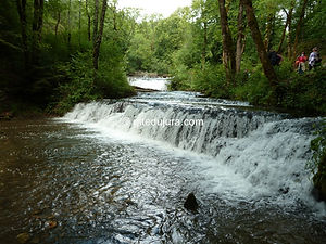 Hedgehog Waterfalls - Rental of cottages for holidays in the High-Jura mountains