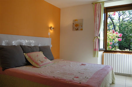 Gite 295 - Bedroom n°1 - Rental of cottages for holidays in the High-Jura mountains