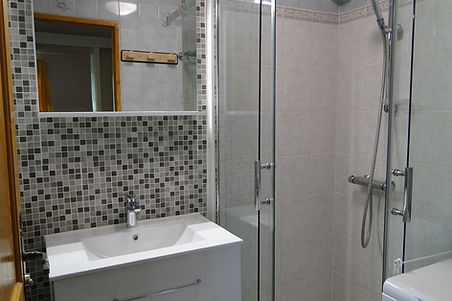 Gite 829 - Bathroom - Rental of cottages for holidays in the High-Jura mountains