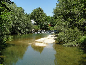 Foncine le haut - La Saine River - Rental of cottages for holidays in the High-Jura mountains