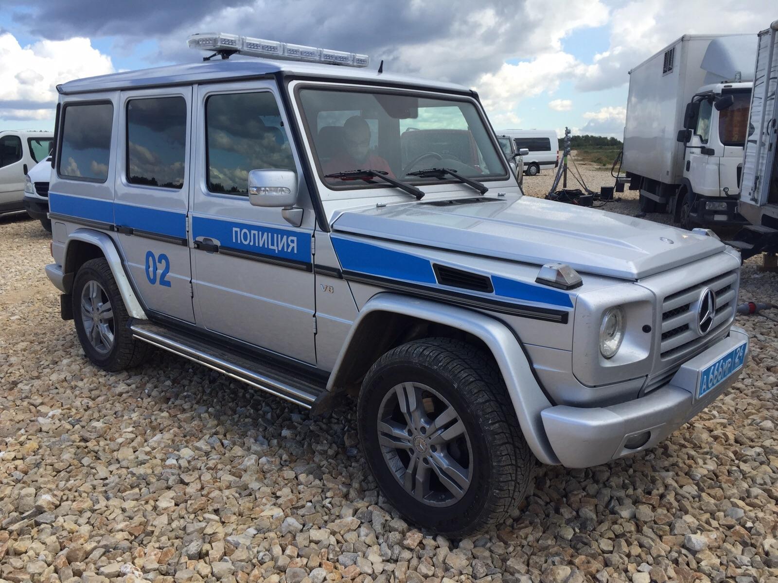 полиция mercedes G500 2500 4+1 (1)