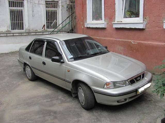 daewoo nexia 800р., 4+1