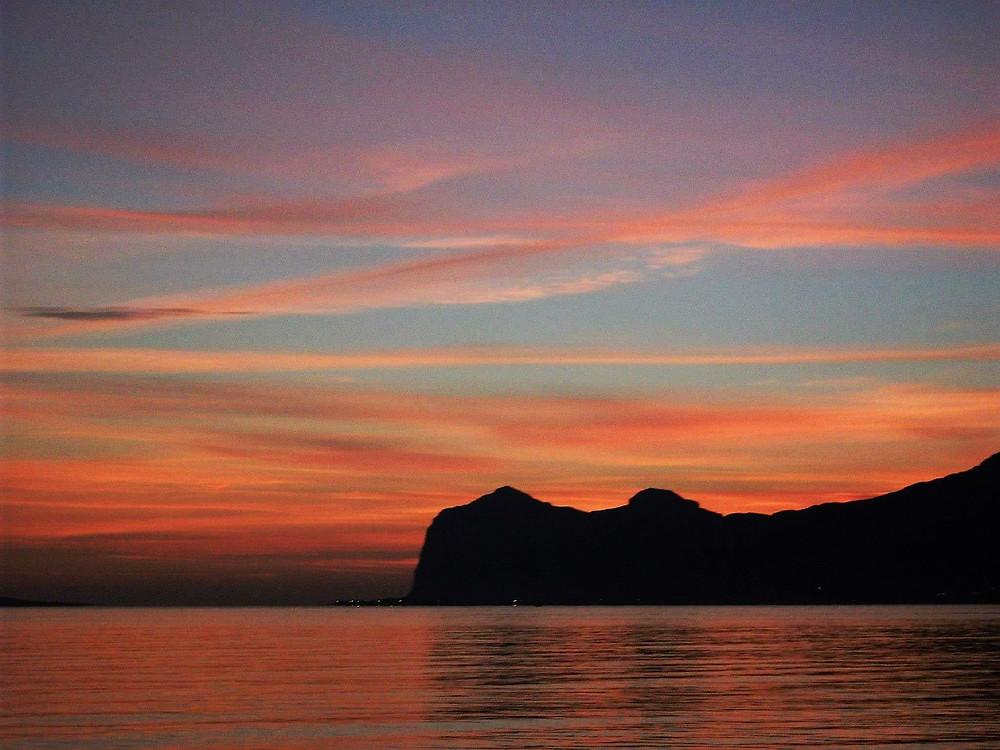 Un tramonto sul mare a Carini (PA)