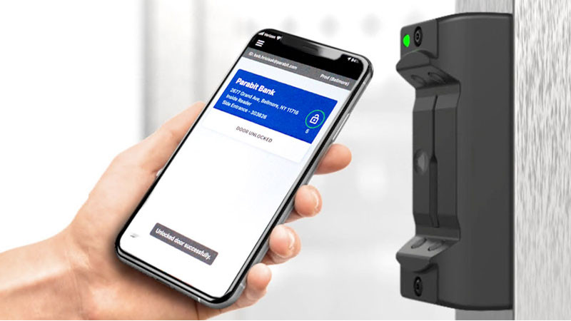 Cell phone using contactless entry with Parabit Multimedia Reader (MMR)