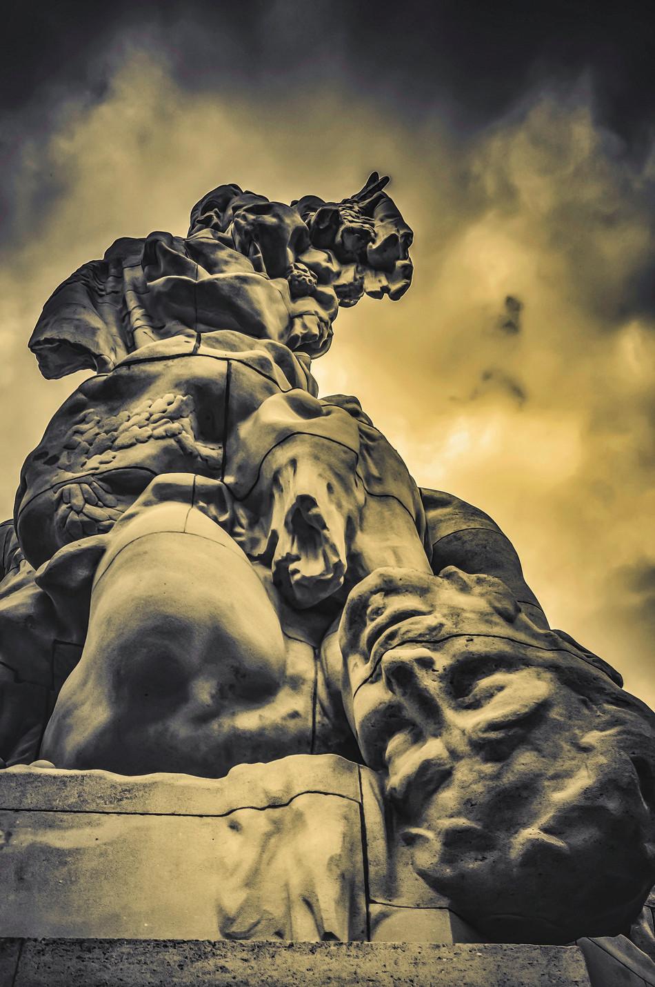 Monument Meaux Natural Art Shot naturalartshot