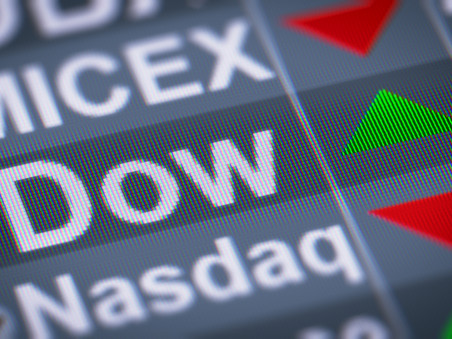 Dows set a high record; Stocks futures seen in horizontal line after S&P 500
