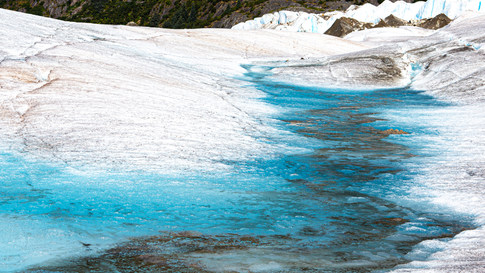 Alaska_iceriver.jpg