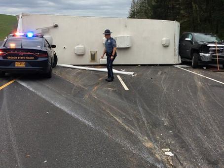 Truck & Camper Trailer Wreck Shuts Down I-5