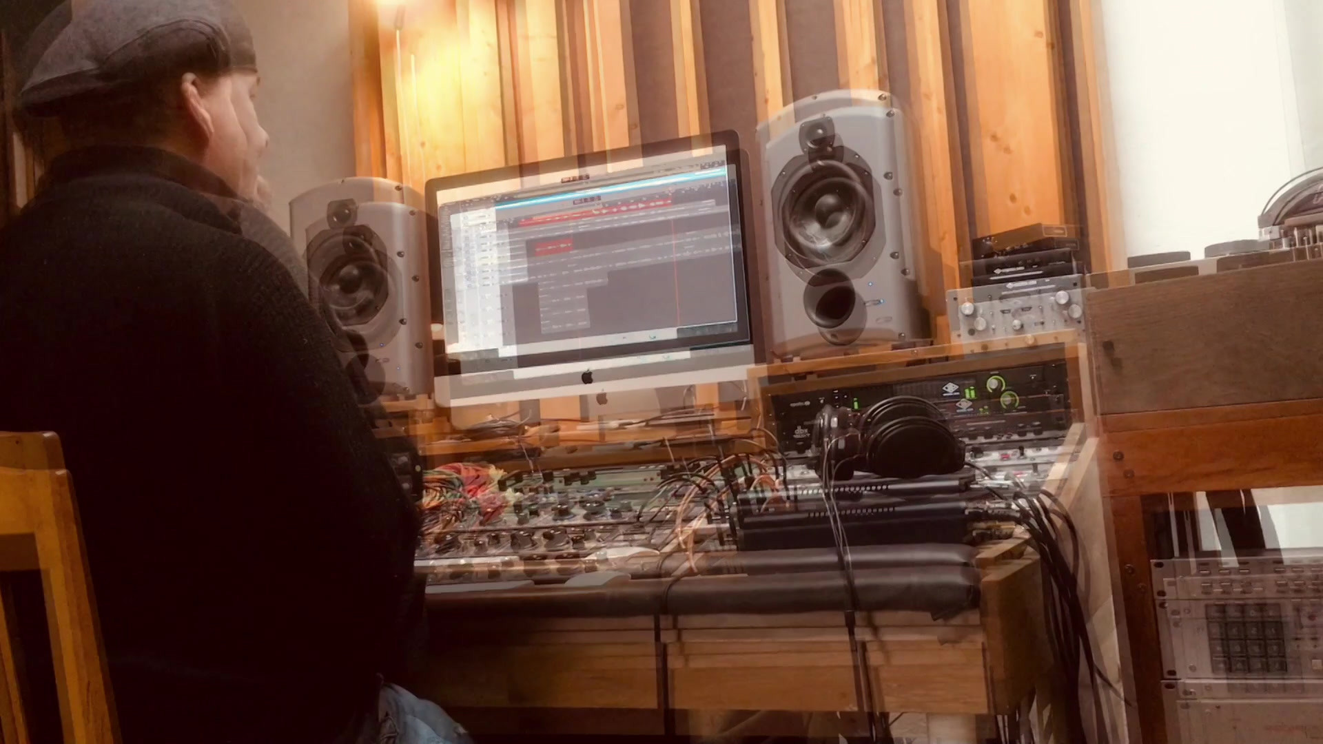 A glimpse from the recording at Liv Produktion, recording engineer Ola Hedén