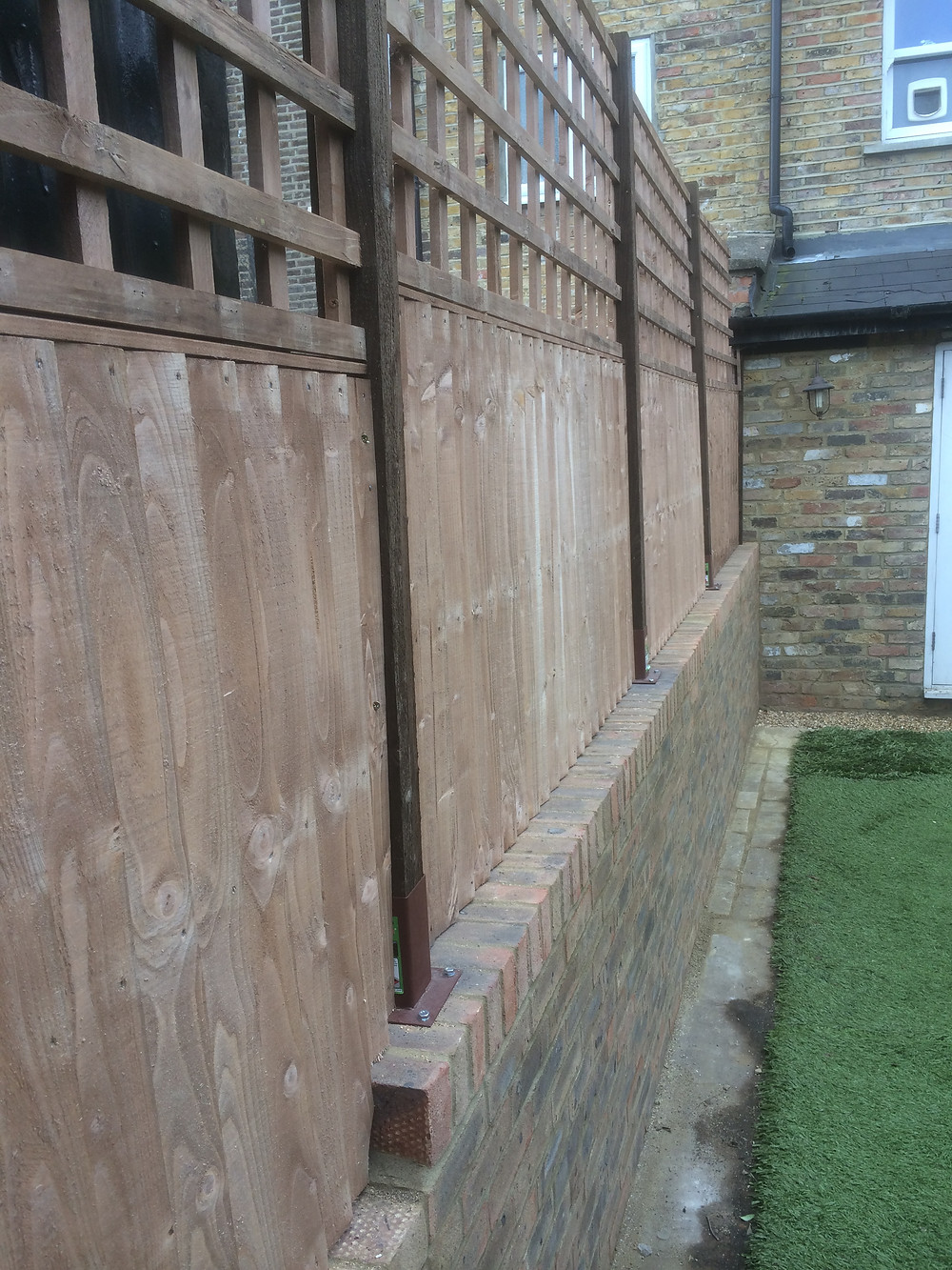 Garden Fence And Trellis