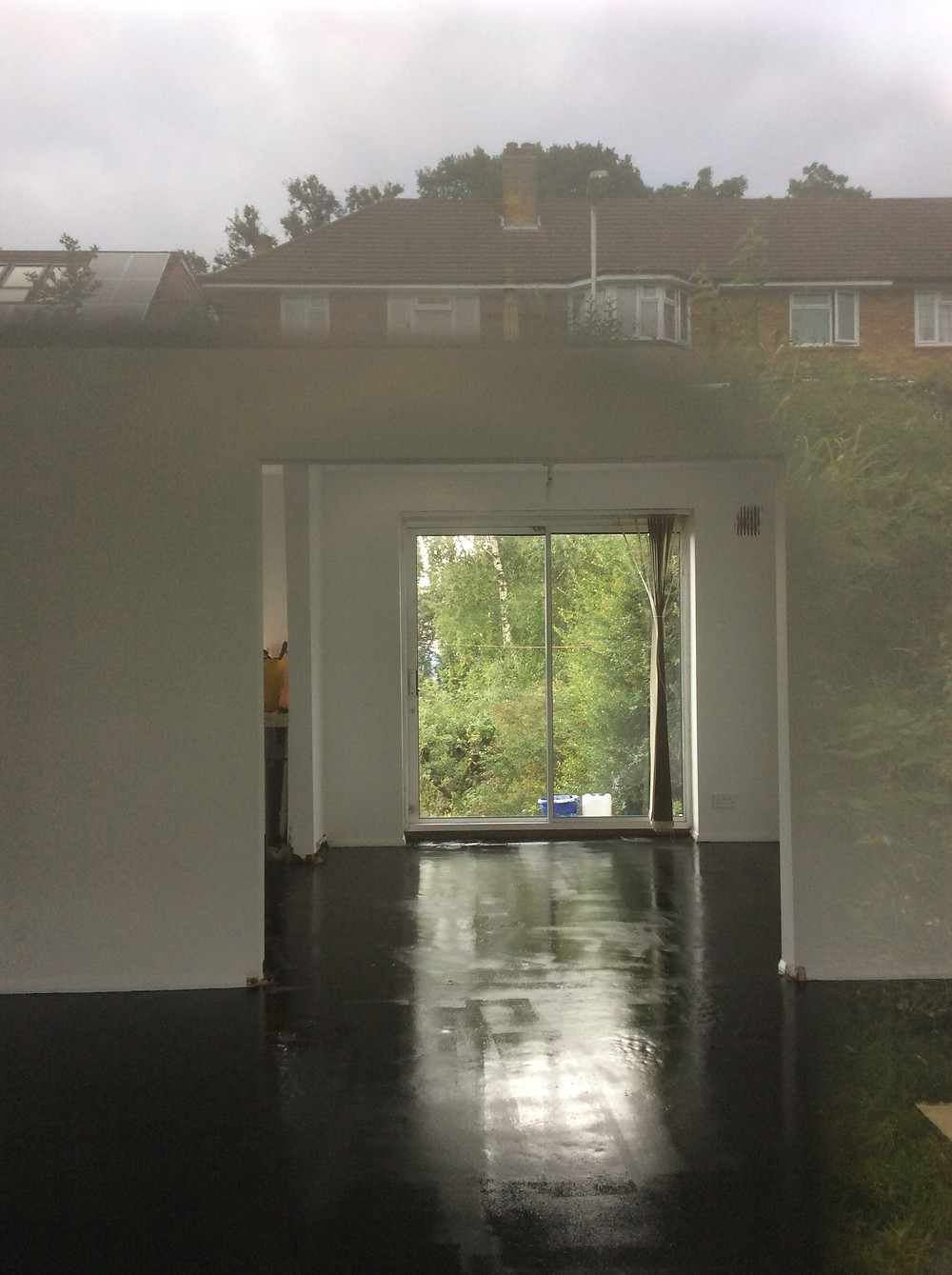 Paint walls and ceilings, paint floor with floor paint  Muswell Hill, London, N10