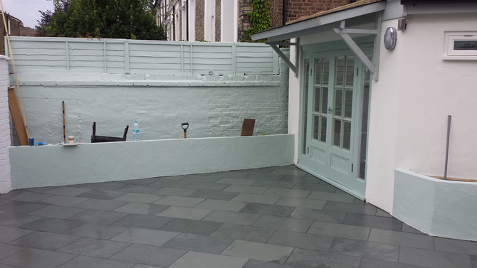 Garden Studio and paving in Camden, London