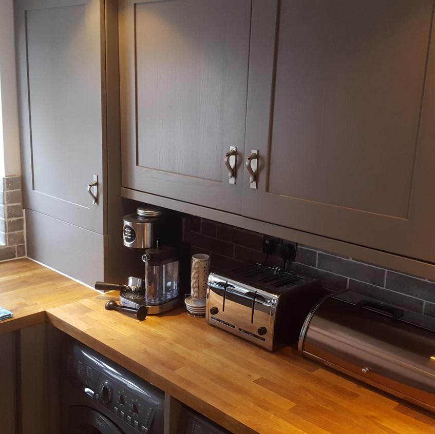 Kitchen Fitting Wall Units