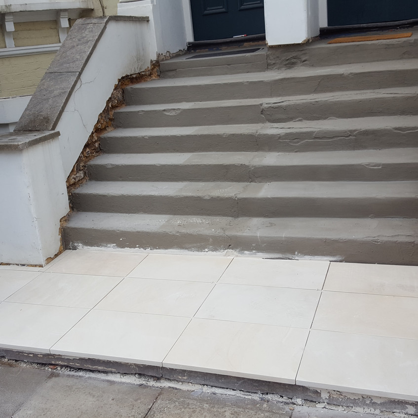 Paving landing with natural stone