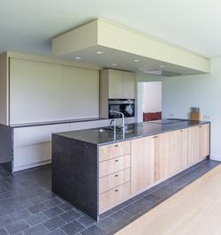 Keuken in Eik en Blauwsteen