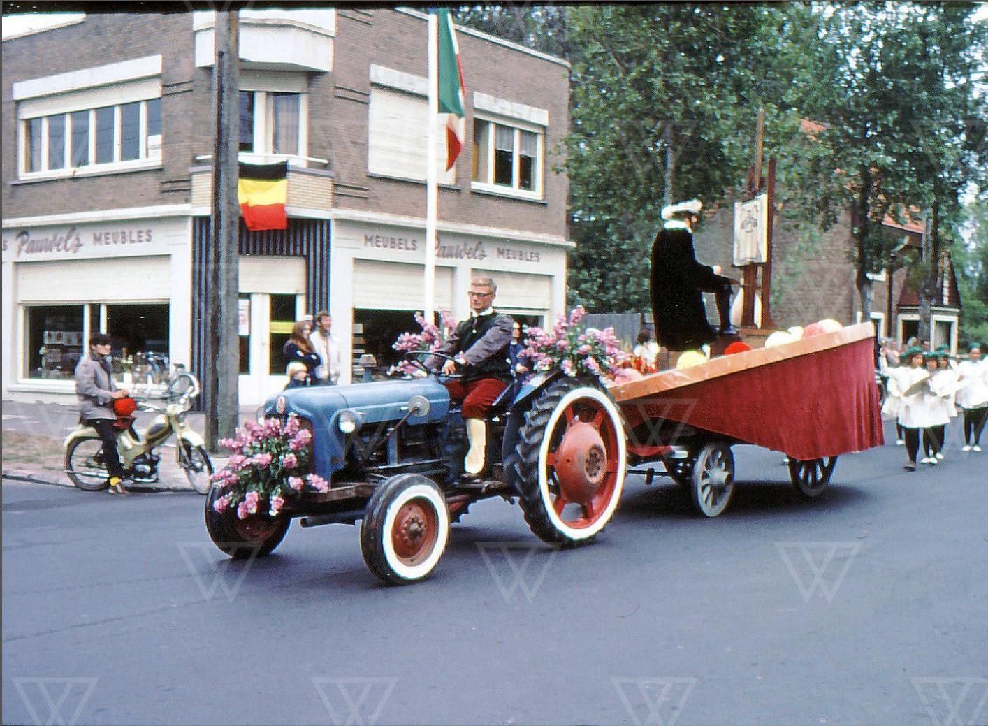 Meubels Pauwels augustus 1971