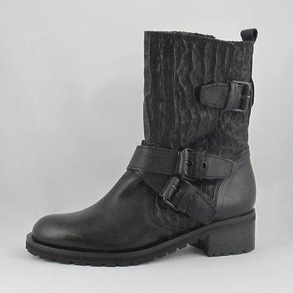 Noir ブラック