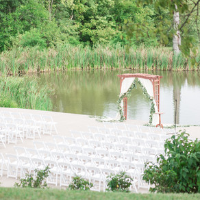 Late Summer Wedding: THE PERFECT DAY Riverside on the Potomac | Christine and Jon