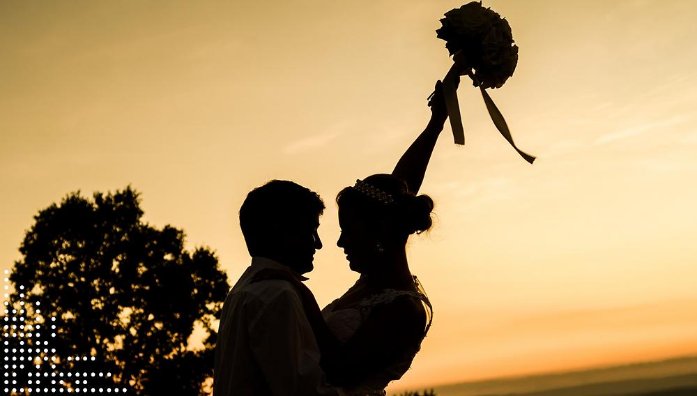 tricks to cut costs on wedding. portugal wedding planning