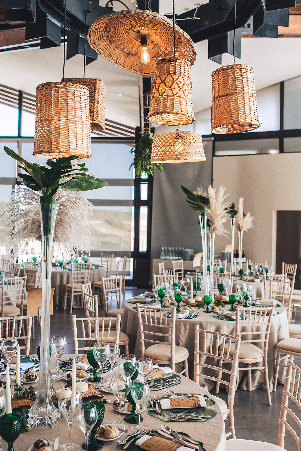 natural and green wedding dinner decoration arriba cascais portugal destination wedding planning