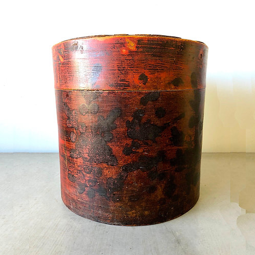 Antique Chinese Red Lacquer Lidded Hat Box - Large