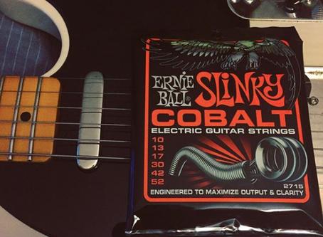 Choosing new electric guitar strings