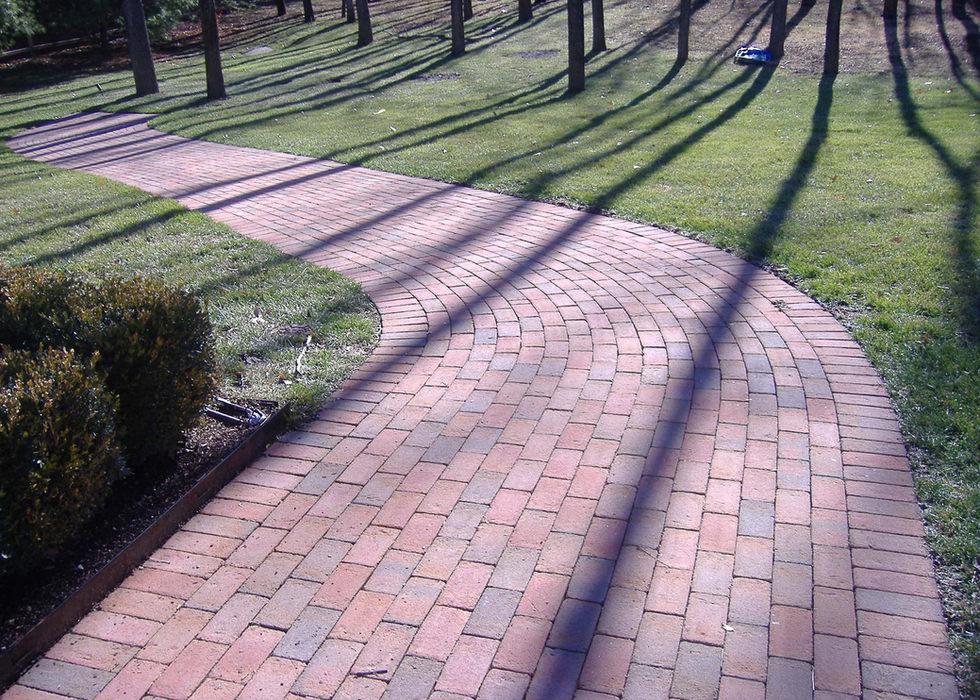 Holland stone paver walkway runner bond.
