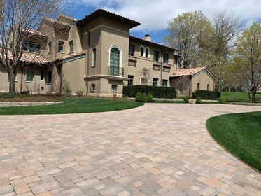 Paver driveway installation in Mission Hills.