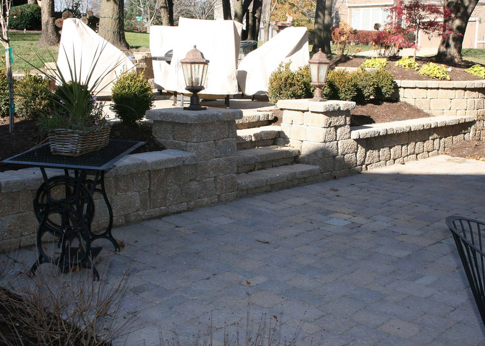 Two tiered patio in Overland Park, KS.