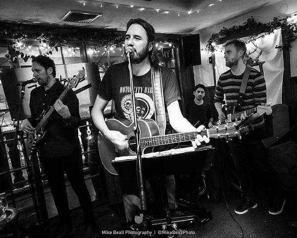 181220_MBP09685_MikeBeall_Joe Stone Band