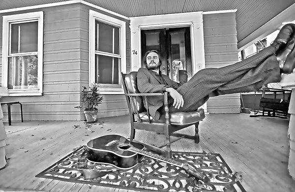 Eliseo porch01.jpg