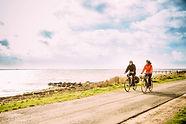 cykel langs vandet.jpg