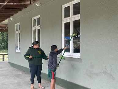 KM Whanau working bee 30.1.21 f.jpg