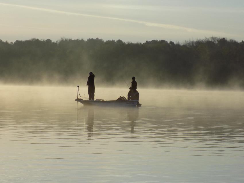 Moniteur Guide de Pêche en Loir et Cher- Maxime Longeaux-Confluence Pêche- Pêche en Sologne- Pêche en Loire- Pêche des carnassiers