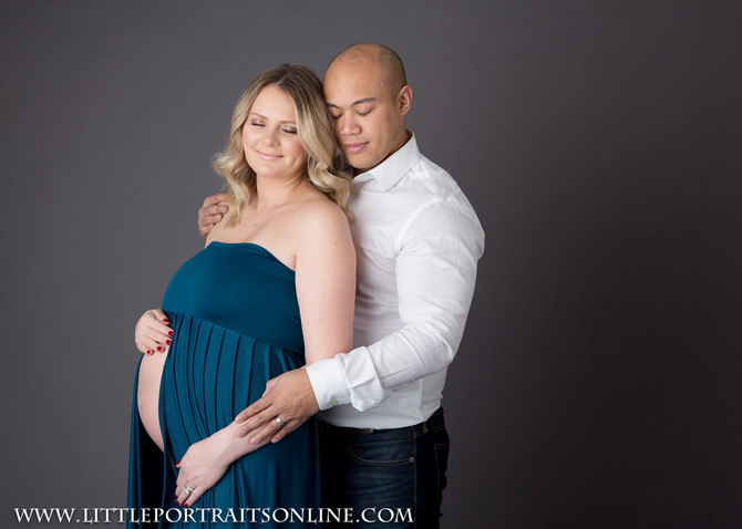 Twins | Lake County Maternity  Photographer