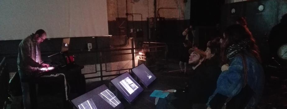 Performance sonoro en la Térmica Roca Umbert.