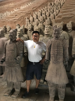 Replicas of Terracota warriors