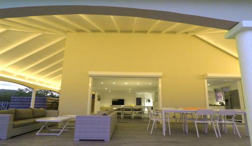 villa-carouge-martinique-terrasse-sejour