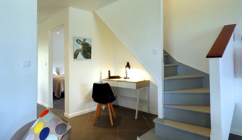 villa-carouge-martinique-escalier-bureau
