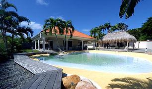 villa-carouge-martinique-piscine-lagon.j