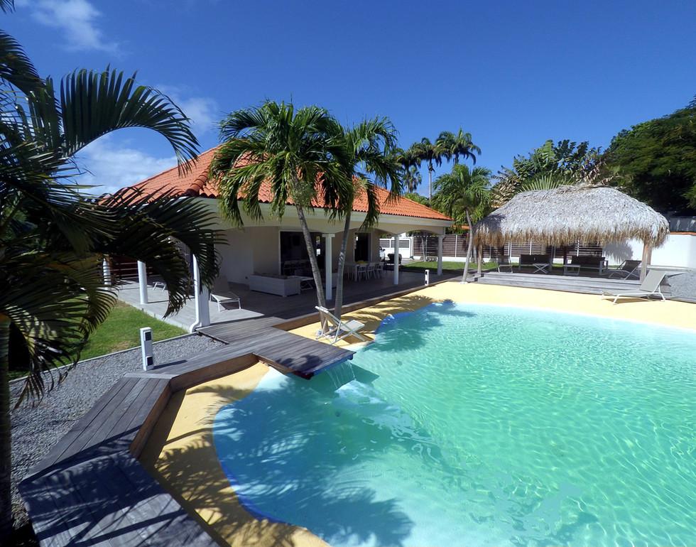 maison piscine 4.jpg
