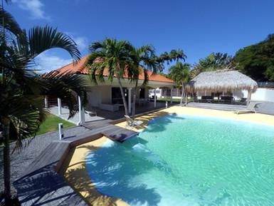 villa-carouge-martinique-piscine-lagon-k