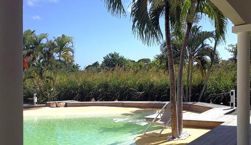 villa-carouge-martinique-piscine-arche-g