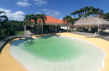 villa-carouge-martinique-piscine-lagon-m