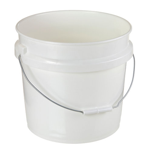 2 Gallon Plastic Pail and Lid