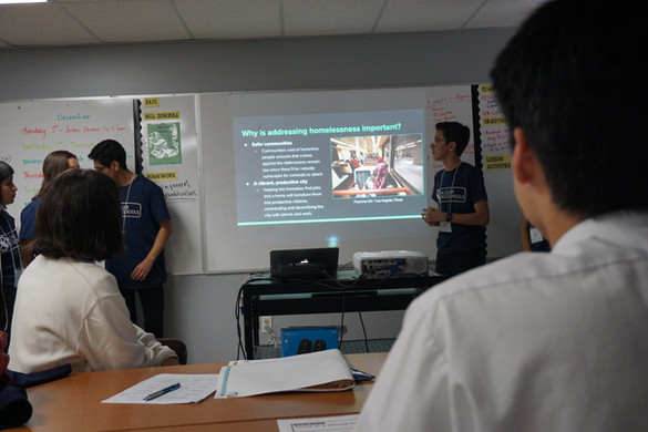 ADOMHS students present their findings
