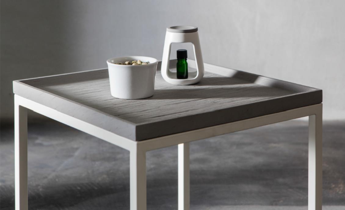 木紋水泥邊桌 / Woodgrain