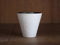 P7025279_4cups_eggshell