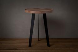 原木鐵三腳桌