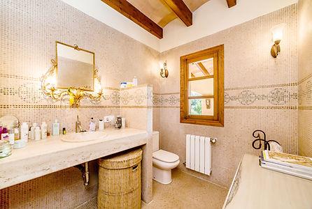 bathroom3 gem web.jpg